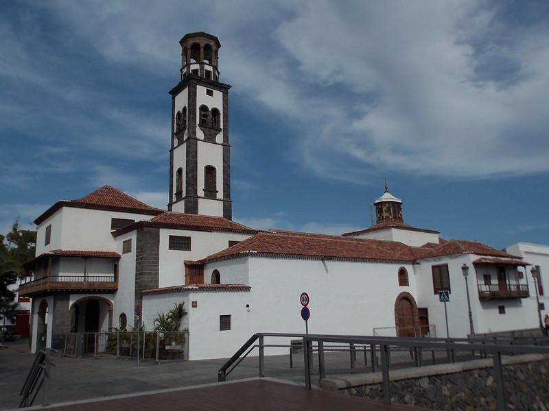 Santa Cruz (100)