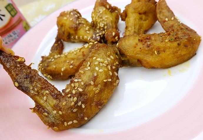 25 21世紀風味館 醬辣雞翅 碳香雞翅 醬辣烤半雞 香草烤半雞