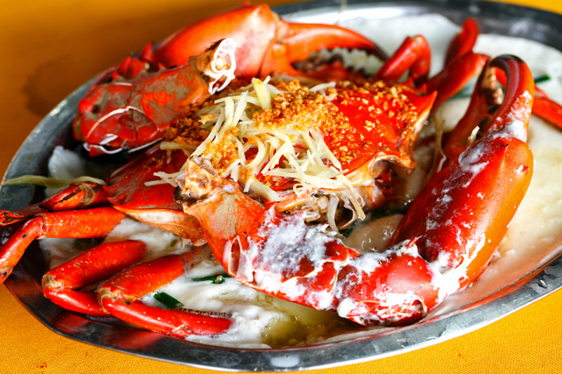 Pak Thong Steamed Mud Crab