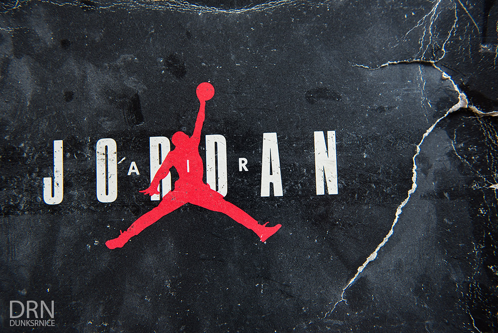 Air Jordan OG Box.