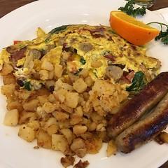 Breakfast on the house 😋🍴 #omelette #breakfast #hiltonhhonors #hhonors