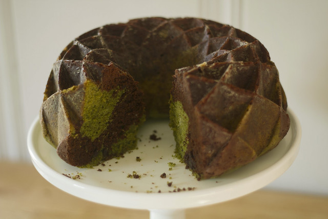 chocolate/matcha bundt