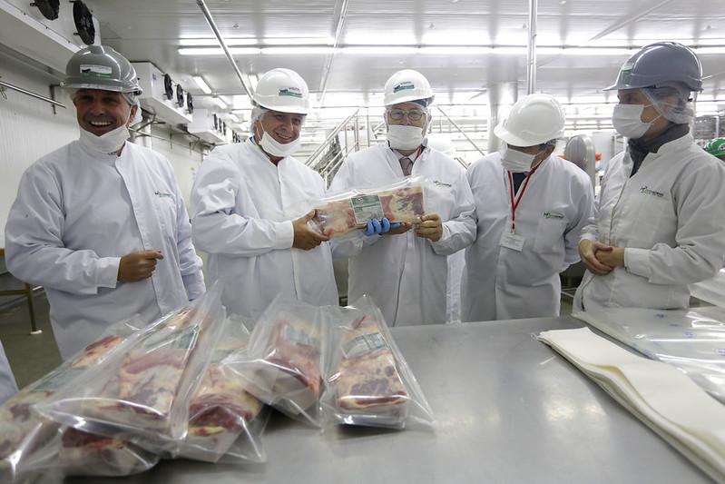 Subsecretario recorre Frigosorno y destaca simplificación en procesos de certificación para exportar a China