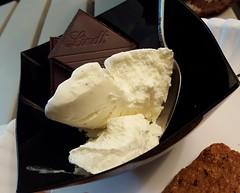 Vanilla Ice Cream & Sea Salt Dark Chocolate