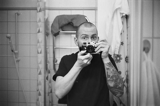 You can never do enough mirror selfies..