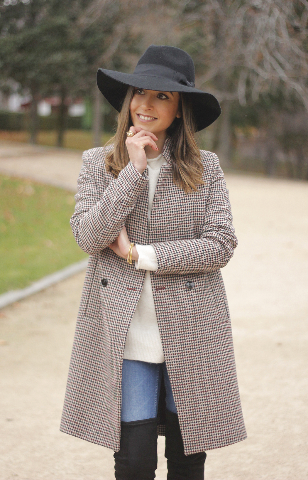 houndstooth coat, white sweater, over the knee boots, black hat, outfit, style, jeans14