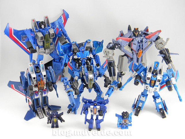 Transformers Thundercracker Deluxe - Generations - modo robot vs otros Thundercracker