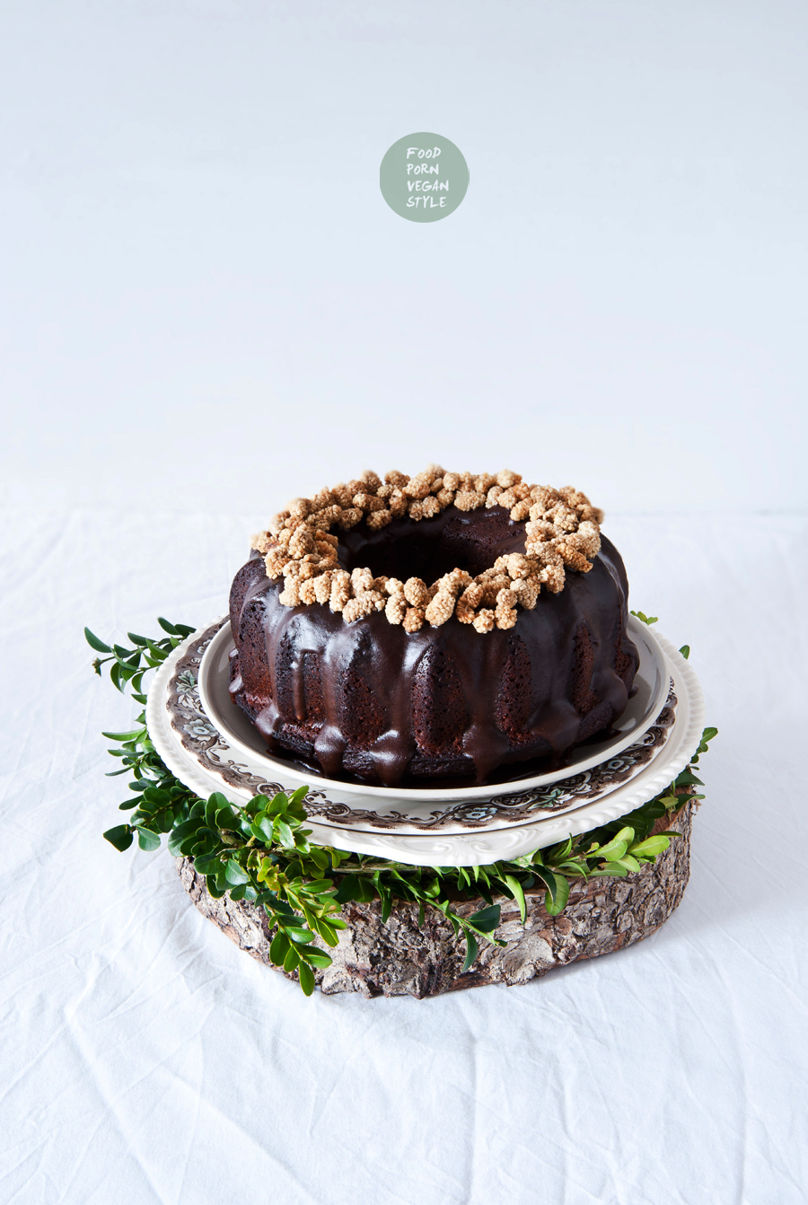 Vegan easter bundt cake with carob