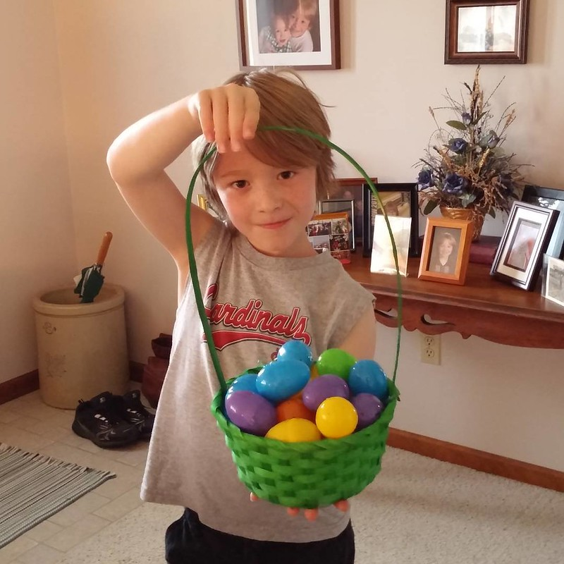 H and his Eggster basket