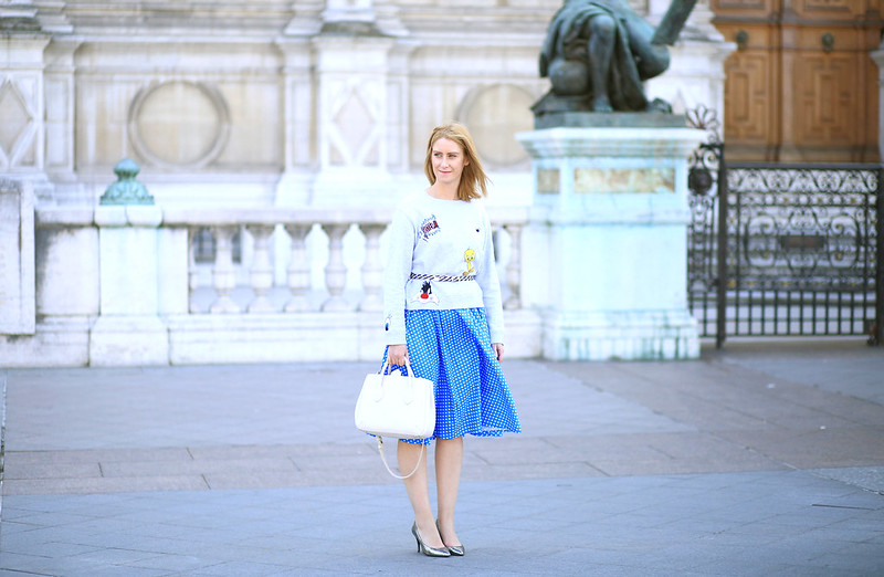 sweat titi et grosminet, jupe bleu à poids