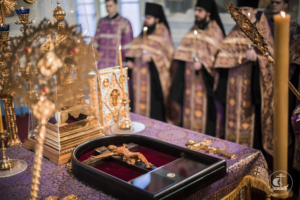 2 апреля 2016, Всенощное бдение накануне Крестопоклонной Недели Великого поста / 2 April 2016, Vigil on the eve of the Third of Great Lent. Adoration of the Holy Cross