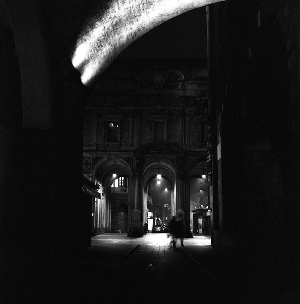 Looking on Palazzo dei Giureconsulti
