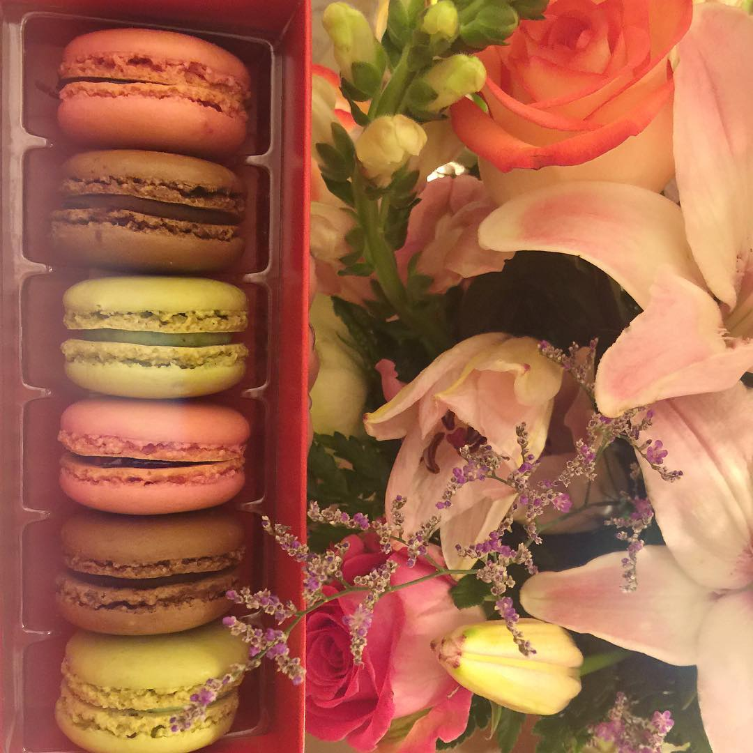 Two of my favorite things! Macarons and flowers! Happy Valentine's Day!! #macarons #flowers #vday #lovemyhubs #ritz