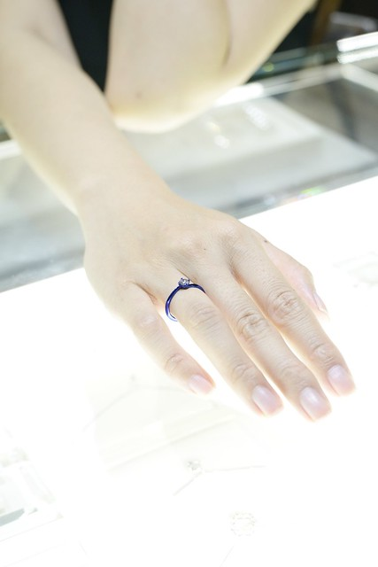 40台北高雄新秘推薦頂級珠寶品婚禮tiffany新秘Pingi推薦Jewelry婚戒primo刻字手指訂製婚禮造型師推薦getmerryweddingmakeupbride #romantic #love#wedding #ring #diamonds #fancydiamond#iprimo #brilliantia #jewelry #fashion部落客推薦DESIGN