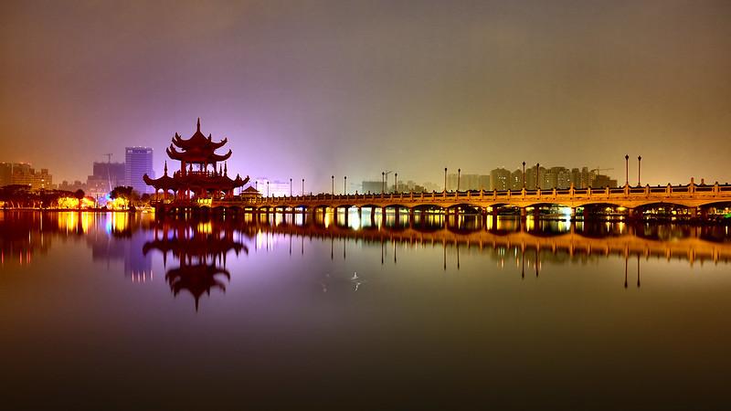 蓮池潭|富士 Fujifilm X70 28mm f/2.8