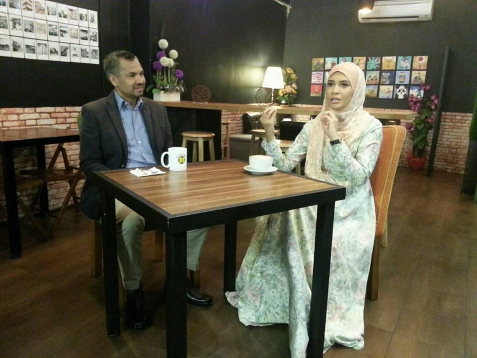 Izreen Azminda menemubual Zaid Mohamad pakar motivasi kekeluargaan