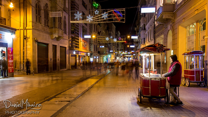 Istiklal street, Taksim - Istanbul by Daniel Mihai