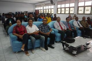 Dosen/staff  FT dan FH dan mahasiswa