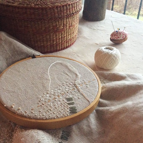 Day 10: white seed stitch, for the little bits of snow the rain hasn't yet washed away