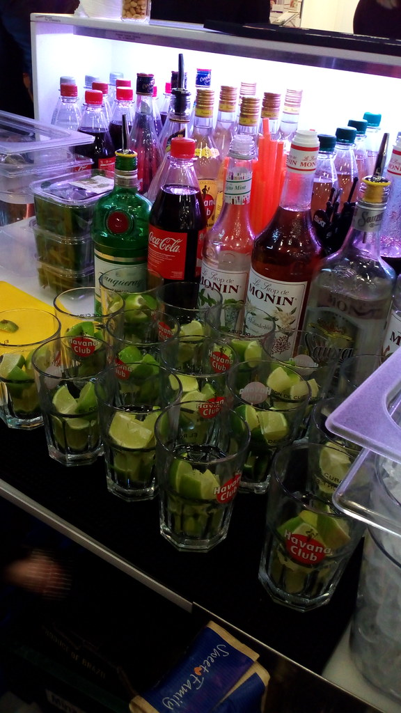 "#HummerCatering  #mobile #Cocktailbar #Barkeeper #Cocktail #Catering #Service #Köln #Messe #flotte #derbrachentreff #Messe #Messecatering #2016 http://goo.gl/oMOiIC • <a style=""font-size:0.8em;"" href=""http://www.flickr.com/photos/69233503@N08/25069263373/"" target=""_blank"">View on Flickr</a>"