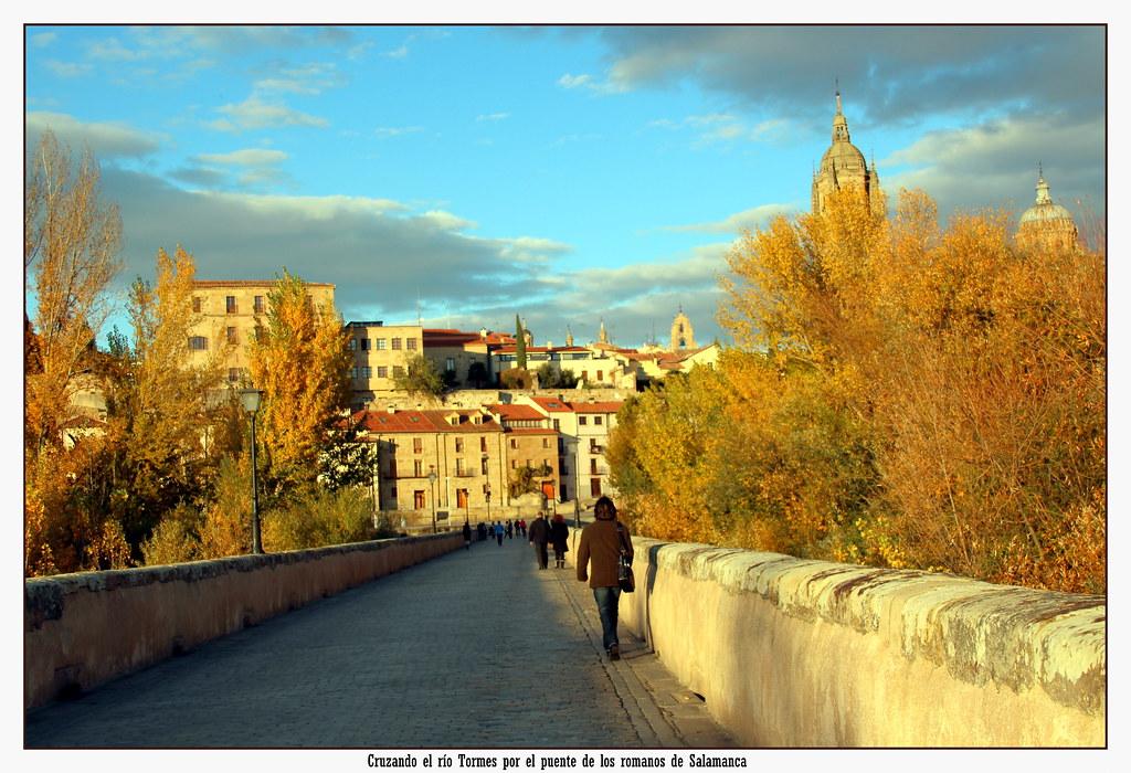 Cruzando por el puente romano