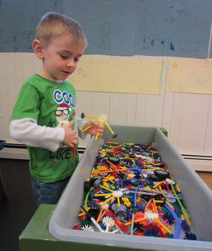 building with knex