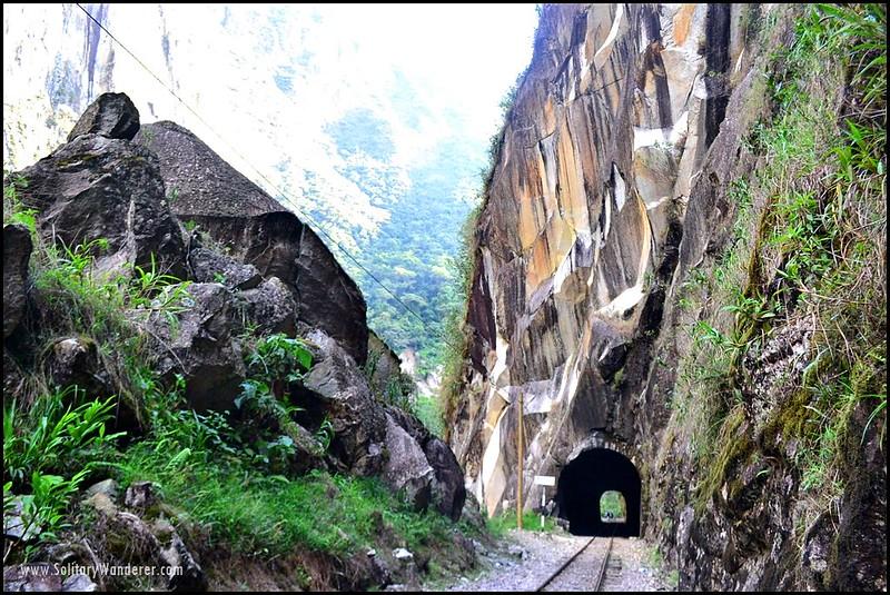 tunnel-machu-picchu