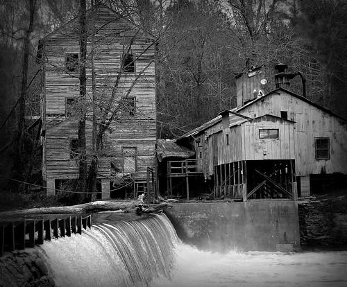 mill abandoned rural nikon ghost rustic rusty northcarolina historic maybe d200 machete nikkor50mmf14 ruralexploration webbsmill