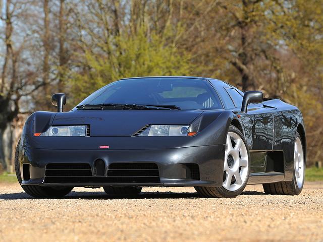 Чёрный Bugatti EB110 GT. 1992 – 1995 годы