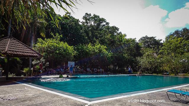 Pulau Putri Swimming Pool1-135815rw