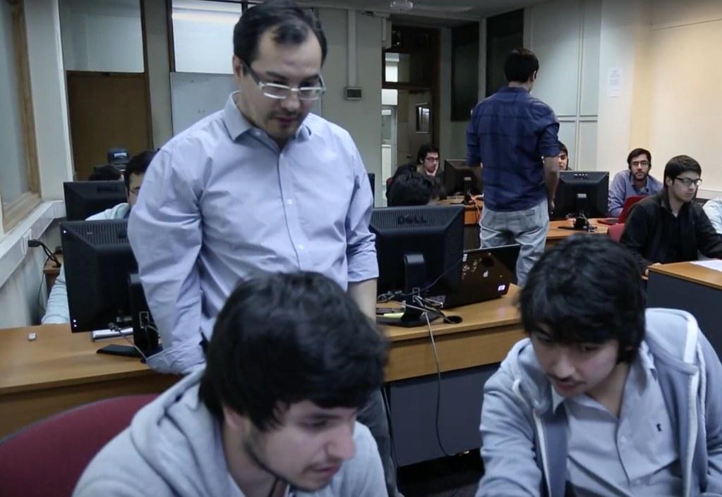 Escuela de Ingeniería Eléctrica 2