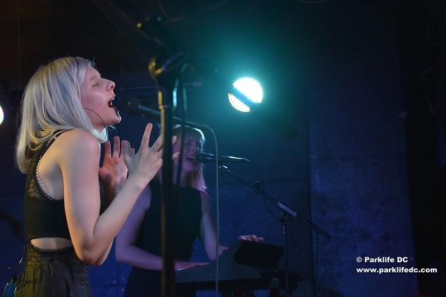 Aurora Aksnes 01
