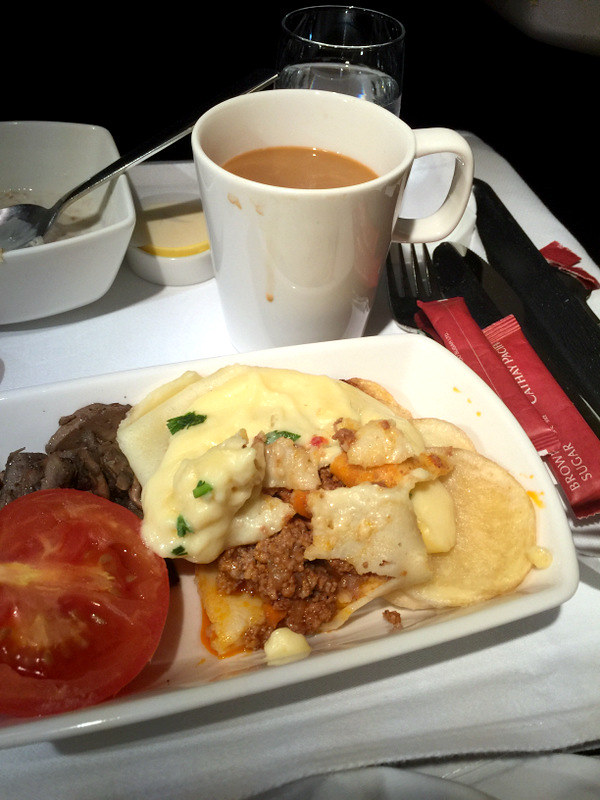 CX 748 JNB to HKG - Minced Beef Pancake, Portobello Mushroom, Tomato, Fried Potatoes and Cheese Sauce