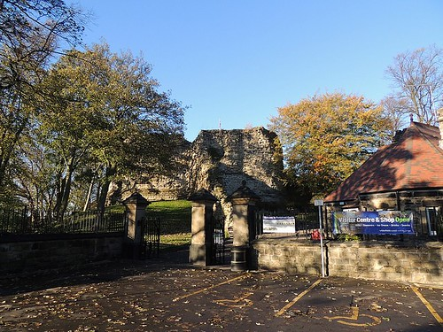 Pontefract Castle2