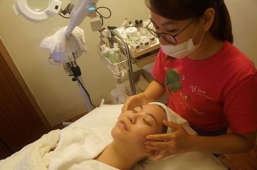 【轉貼】【 試保養 】Natural Beauty 自然美大墩店 細緻毛孔護理體驗 (28)