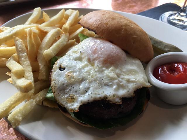 Absinthe hamburger - Absinthe