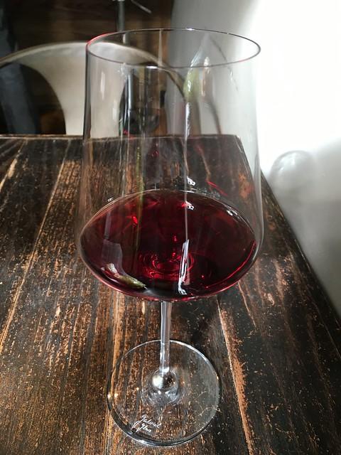 Bourgogne rouge wine - Les Clos