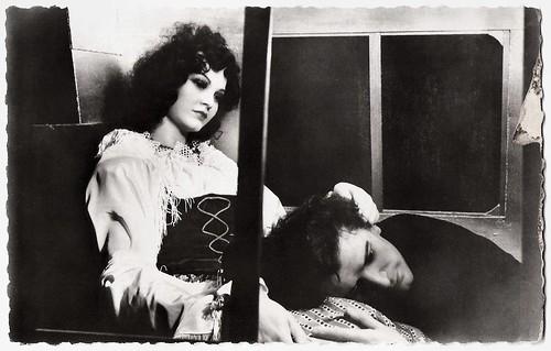 Gérard Philipe and Nicole Besnard in La Beauté du diable (1950)