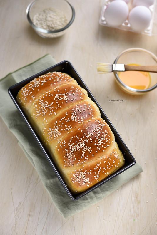 victorian bread NG0_0584