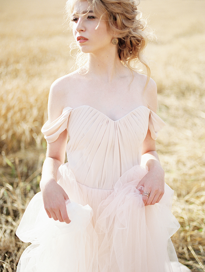 Off the shoulder Blush Wedding Gown, bridal inspiration shoot | Photo by Igor Kovchegin | Fab Mood