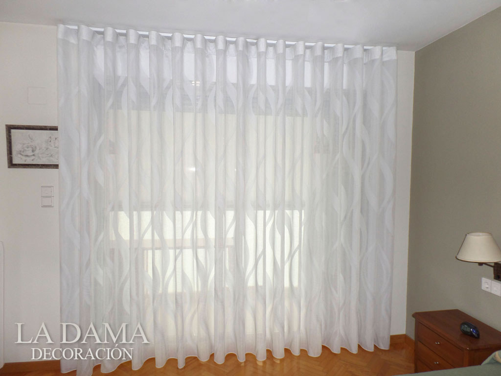 Fotograf as de cortinas modernas la dama decoraci n for Cortinas visillo modernas