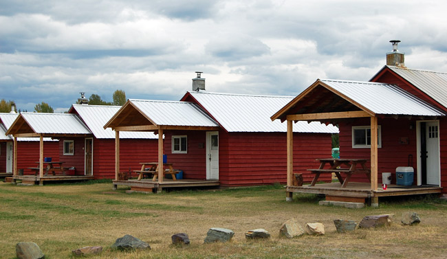 polebridge-cabins