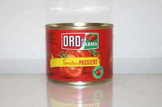 02 - Zutat passierte Tomaten / Ingredient passed tomatoes