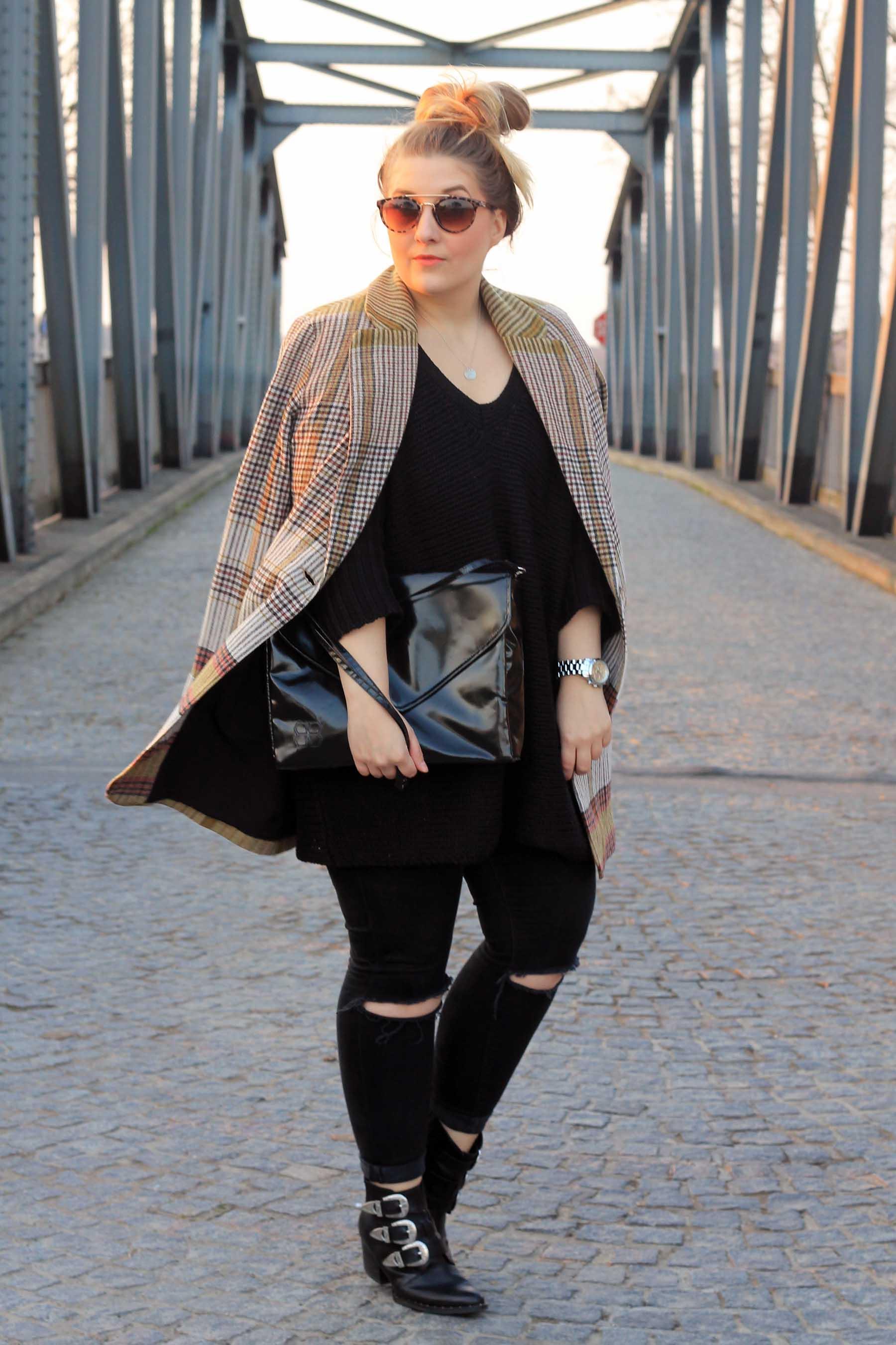 2-outfit-modeblog-fashionblog-top-berlin-mantel-kariert-boots