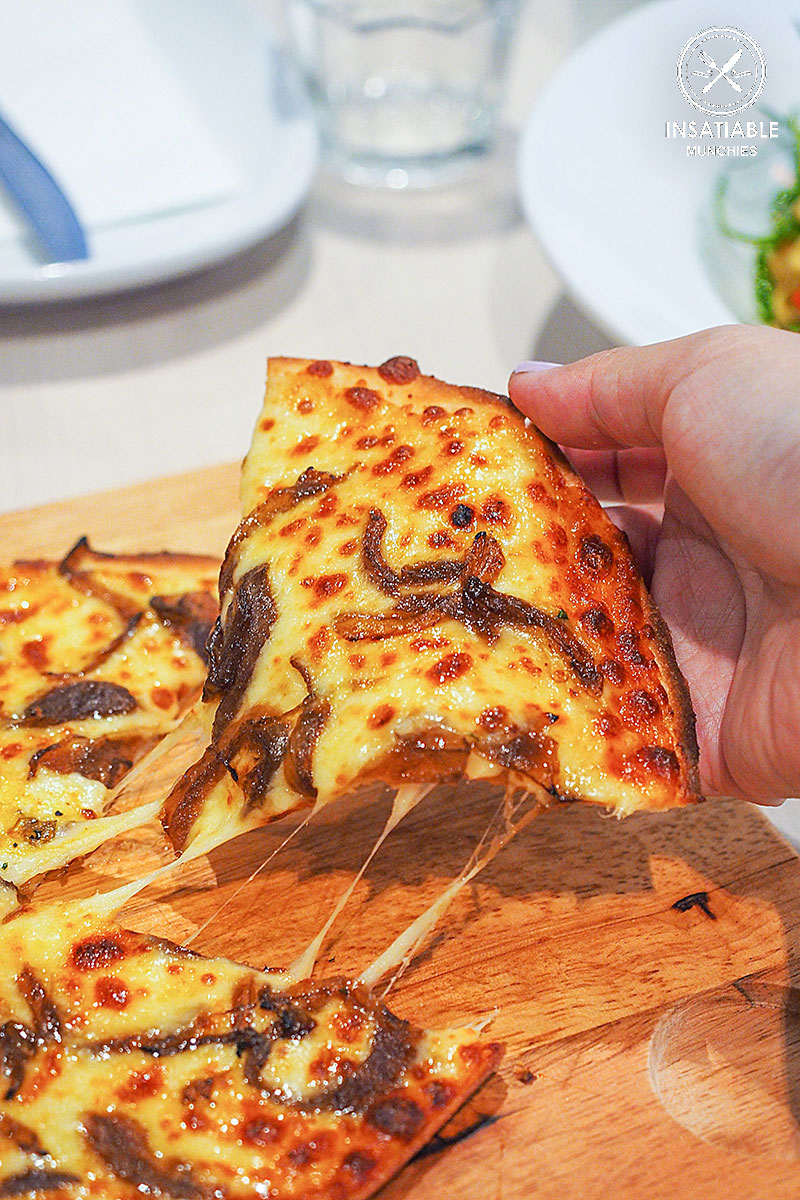 Garlic and cheese pizza, $10.45: Bondi Pizza, Macquarie. Sydney Food Blog Review