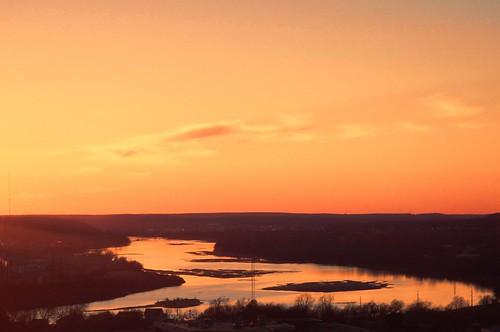 River View - Topaz Adjust