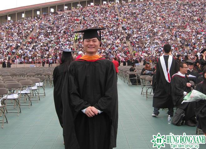 Du học Mỹ, Nguyễn Bá Trường Giang tại lễ tốt nghiệp đại học Mỹ