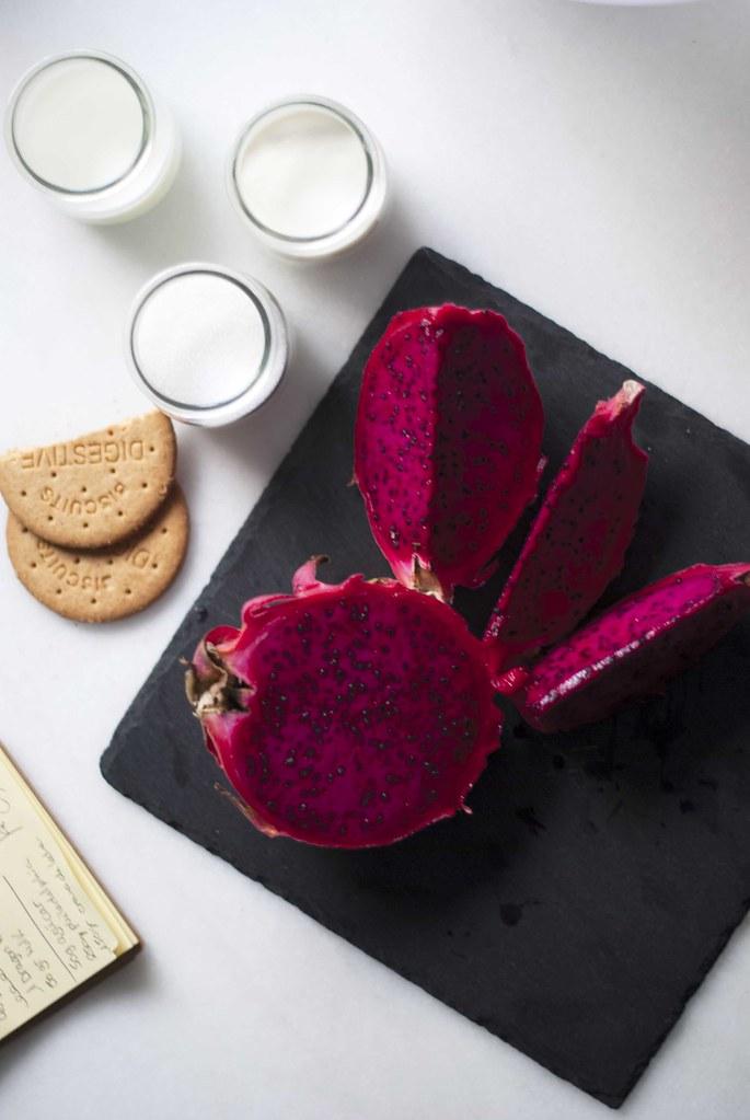 09_dragon_fruit_pink_cake