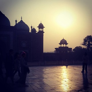Image of Taj Mahal near Āgra. square squareformat iphoneography instagramapp xproii uploaded:by=instagram
