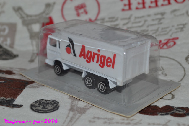 N°265 RENAULT CONTAINER 24808639479_01685e9230_z